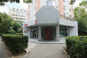 Imagine intrare magazin: Exterior magazin de inchiriat in Constanta
