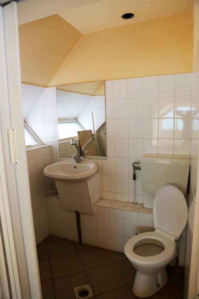 Imagine grup sanitar de la etaj magazin Constanta
